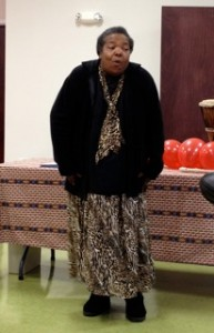 Kuumba Storyteller Esther Culver tells a story at workshop